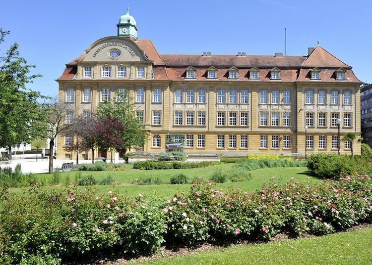 Découverte De Quelques Lieux Remarquables De Ce Lycée à Metz