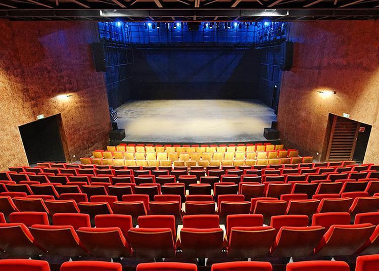 Découverte Des Coulisses De La Maison Du Théâtre à Brest