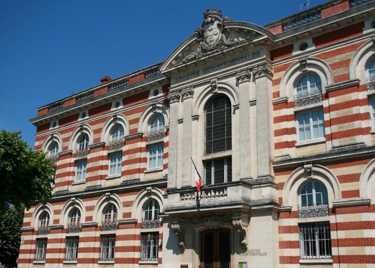 Découverte Du Centre Historique Des Archives Départementales à Agen