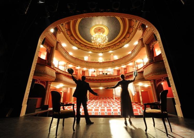 Découverte Exceptionnelle D'un Théâtre à L'italienne ! à Saint Dizier