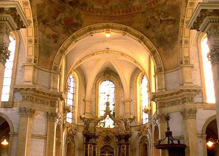 Découverte Guidée De L'histoire De La Chapelle Et De Son Mobilier à Metz