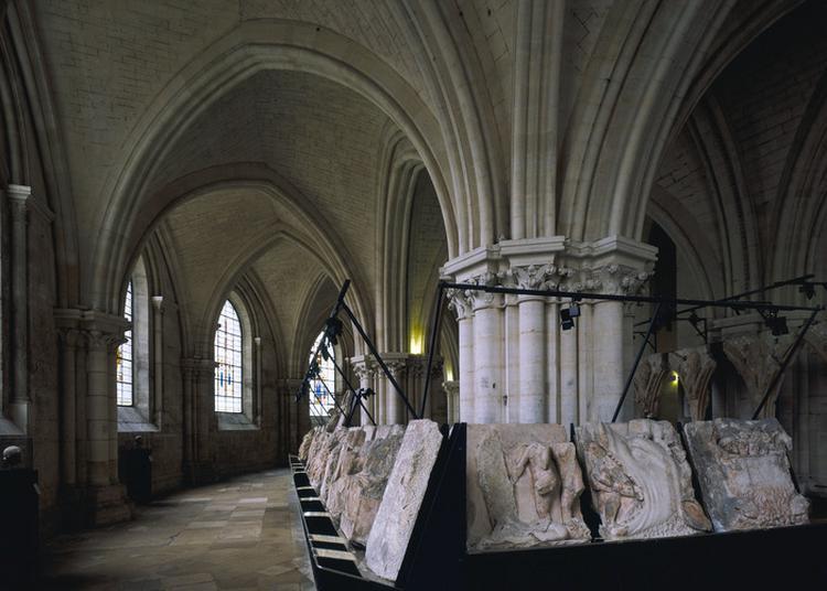Découvrez Deux Trésors De La Cathédrale à Bourges