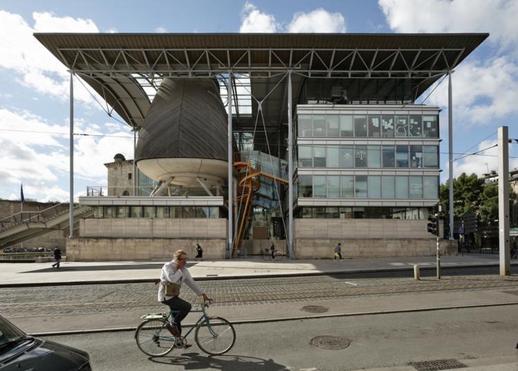 Découvrez L'architecture Contemporaine Du Tribunal De Bordeaux