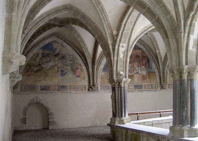 Découvrez La Restauration Des Peintures Murales Du Cloître De L'abbaye D'abondance. à Abondance