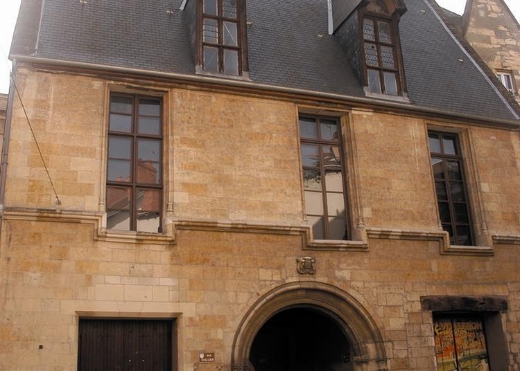 Découvrez Le Centre D'interprétation De L'architecture Et Du Patrimoine Qui Retrace L'évolution De La Ville à Moulins