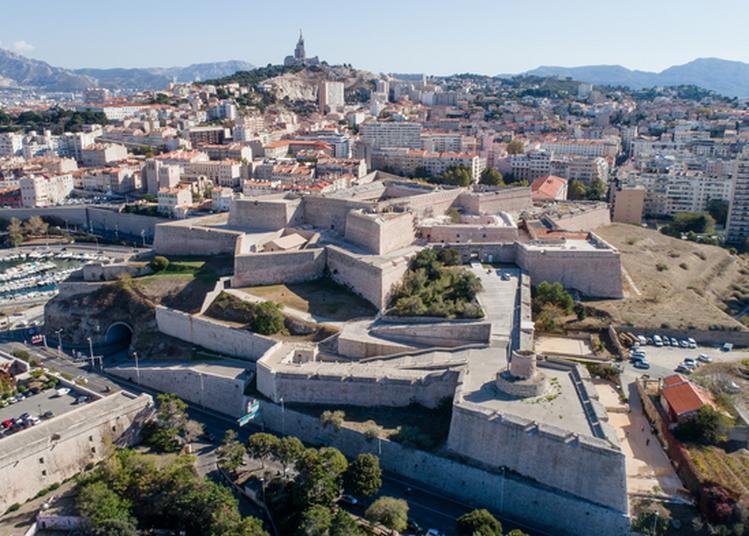 Découvrez Le Fort Saint-nicolas à Marseille