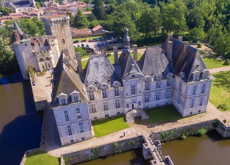 Découvrez Un Château Du XVIIIe Et Ses Jardins D'agrumes à Saint Loup Lamaire
