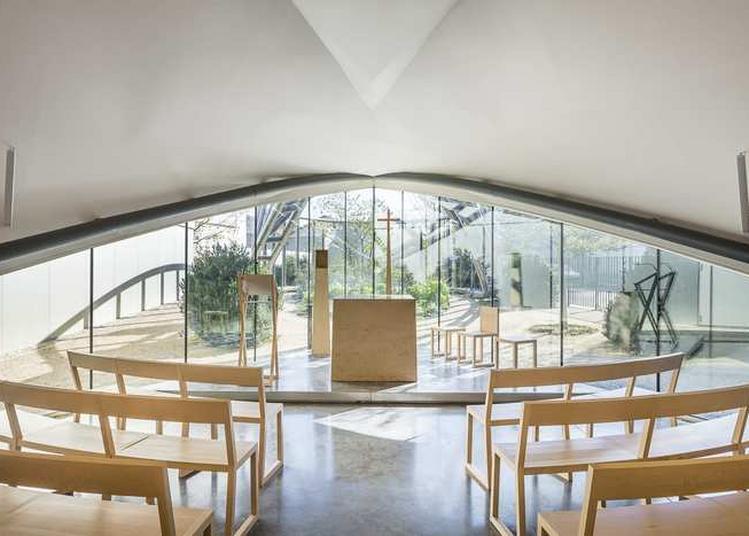 Découvrir Une Église D'architecture Contemporaine  En Seine Saint-denis (93) à La Plaine saint Denis