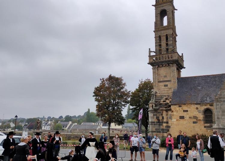 Démonstration De Danse Bretonne à Le Faou