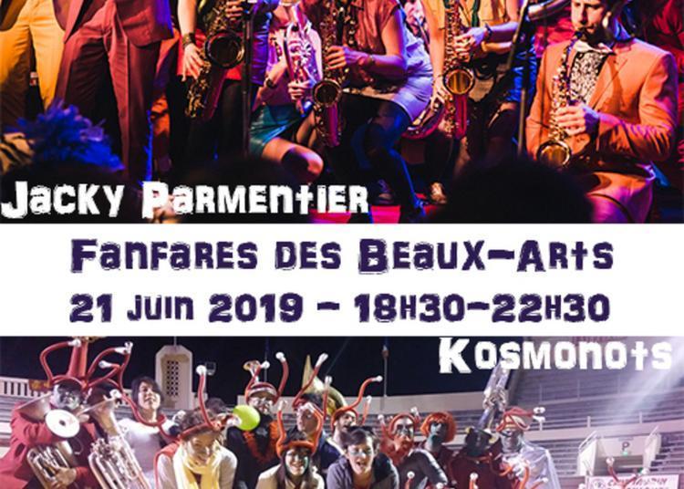 Deux Fanfares Des Beaux-arts à Paris 4ème