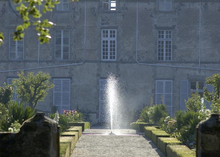 Divertissements Musicaux Dans Les Jardins à Issoire