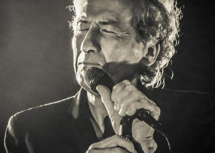 Dominique chante Lama à Blois