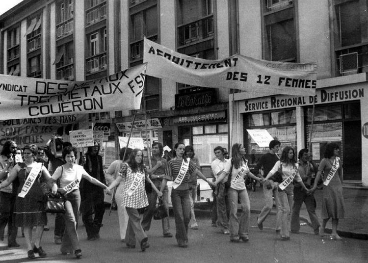 Douze Femmes En Colère à Nantes
