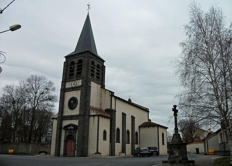 Église Saint-martin à Pessat Villeneuve