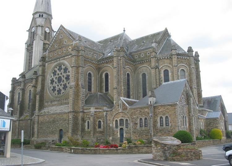 Eglise Saint Sauveur à Bouvron