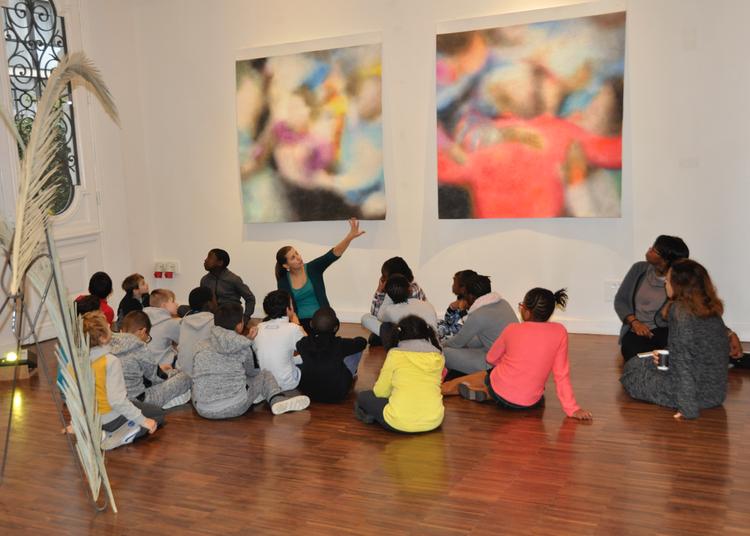 Emerige Sensibilise Les Petits Franciliens À L'art Contemporain à Paris 16ème