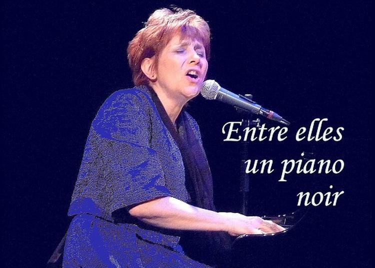 Entre elles, un piano noir à Dijon