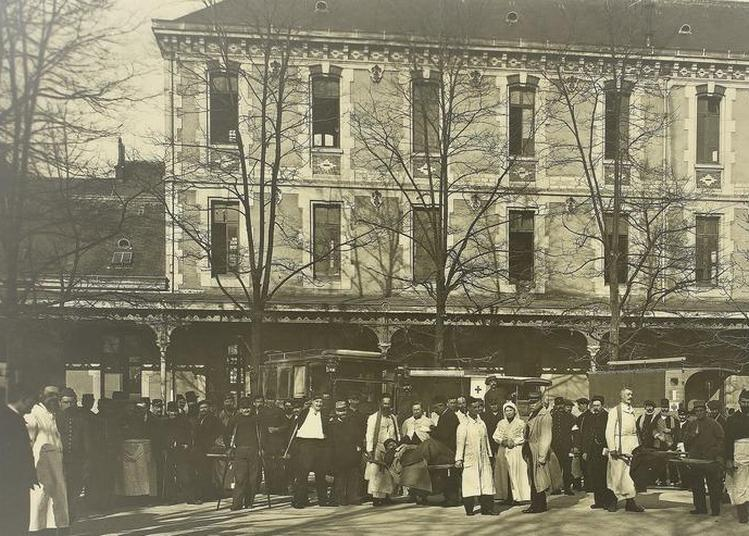 Exposition Carnot, Hôpital Militaire Pendant La Grande Guerre À Dijon