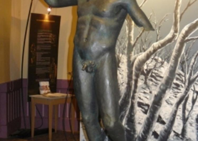 Exposition Copie De La Statue Dieu De Coligny Et Moulage Du Calendrier Gaulois