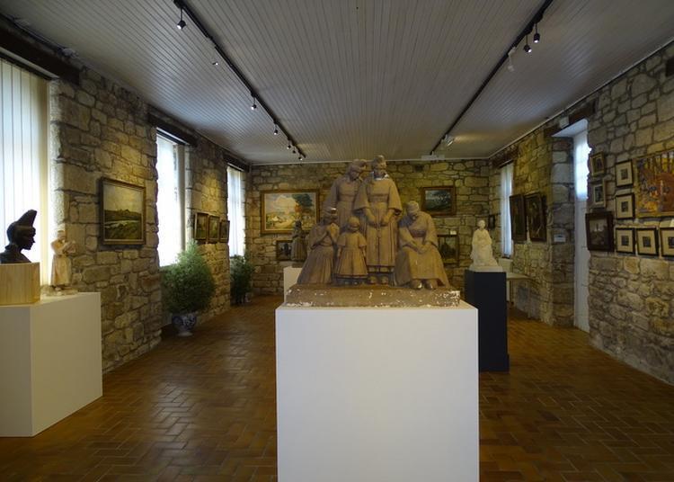 Exposition De Peintures Bretonnes / Musée D'arts Charles Daniélou à Locronan