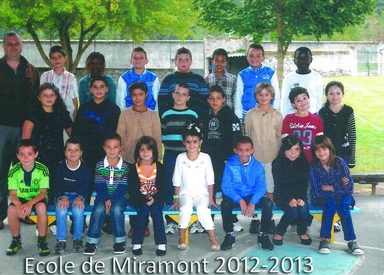 Exposition De Photos De Groupe Prises à L'école De Miramont-de-comminges à Miramont de Comminges