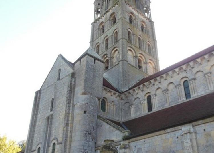 Exposition De Photos Des Modillons De L'église Du Xie Siècle En Bessin à Secqueville en Bessin