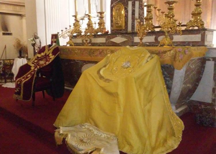 Exposition De Vêtements Liturgiques à Laxou