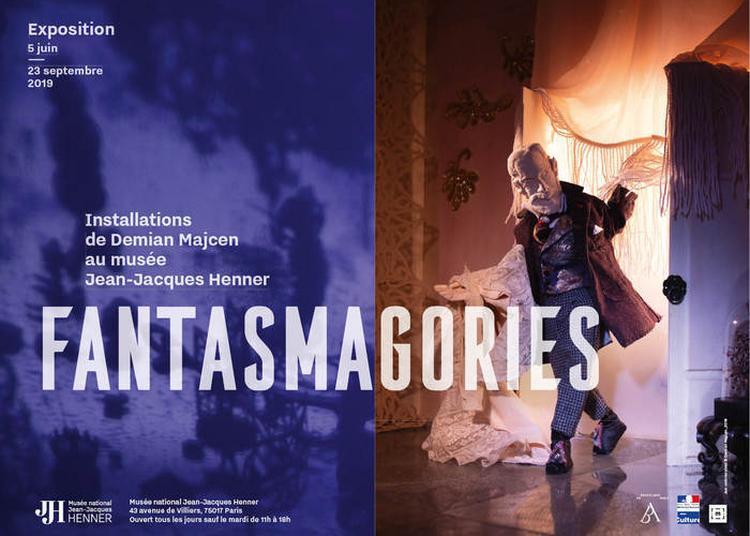 Exposition Fantasmagories - Installations De Demian Majcen à Paris 17ème