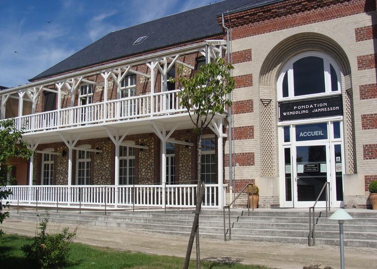 Exposition Historique De La Résidence Et Fête Du Livre Régional à Grainville la Teinturiere
