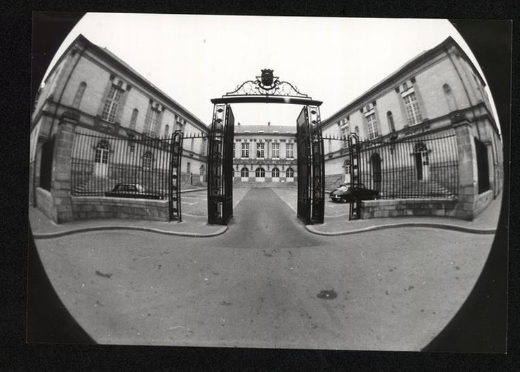 Exposition L'hôtel De Ville Au Fil Des Siècles à Nantes