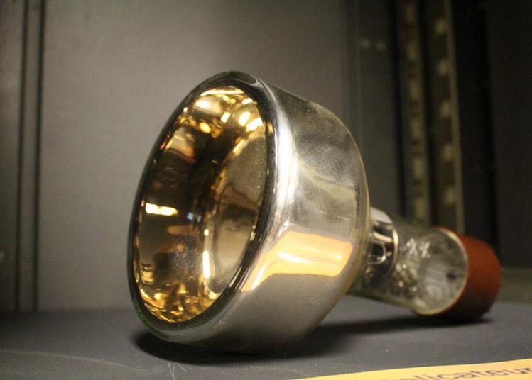 Exposition « Lumière Et Matière, Toute Une Histoire ! » à Orsay