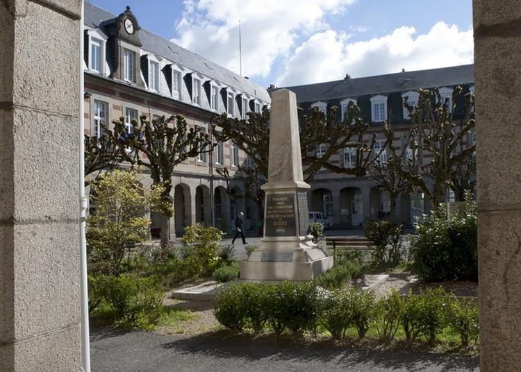 Le Lycée Pierre Bourdan Au Coeur Du Patrimoine Guéretois Depuis 1880 à Gueret