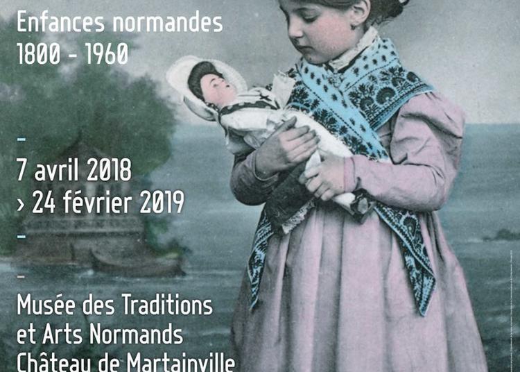 Exposition Lorsque L'enfant Paraît. Enfances Normandes, 1800-1960 à Martainville Epreville