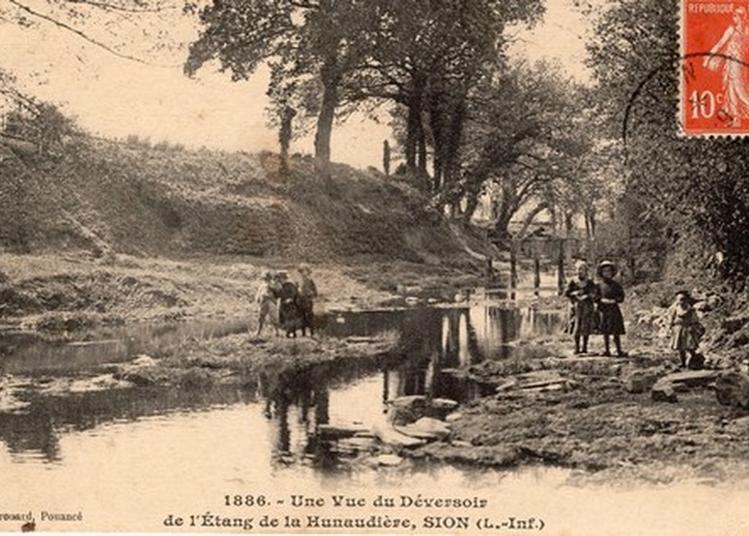 Exposition Sur Le Village Des Forges De La Hunaudière Entre 1850 Et Nos Jours à Sion les Mines