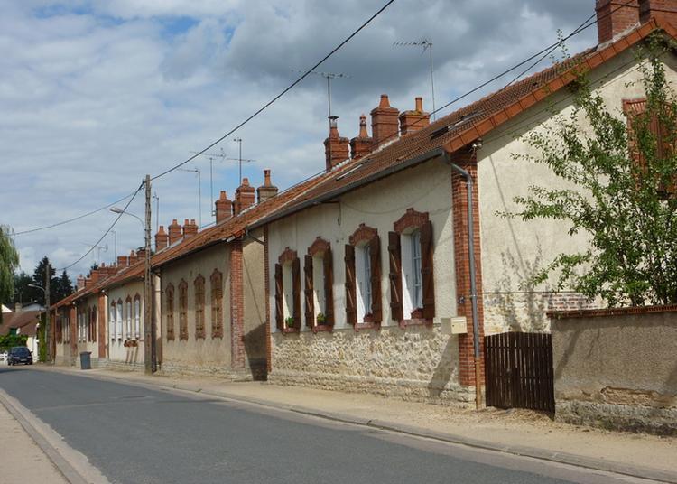 Exposition Temporaire Habitat Ouvrier En Val D'aubois à La Guerche sur l'Aubois