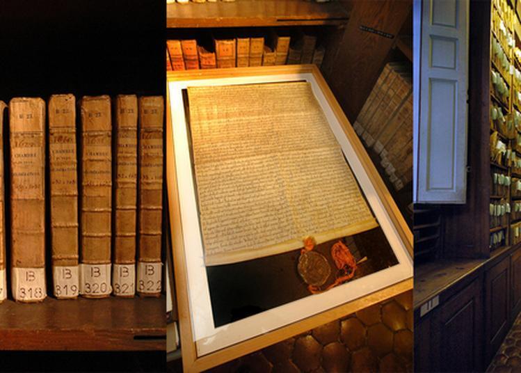 Exposition Tous Archivistes : L'atelier Des Noyers Aux Archives De Dijon