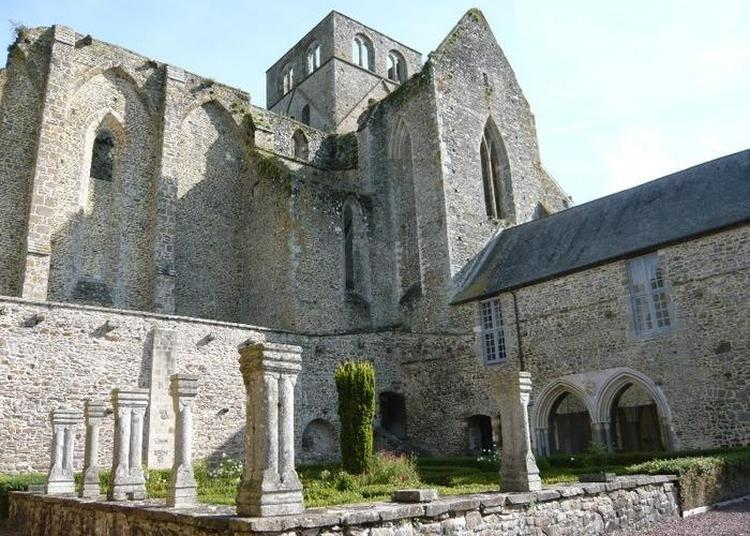 Expositions : Histoires De L'abbaye / Toiles De Hambye / Toiles De Hambye