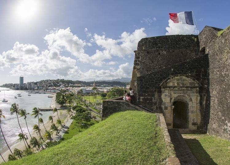 Visite Libre Du Fort Saint-louis à Fort De France
