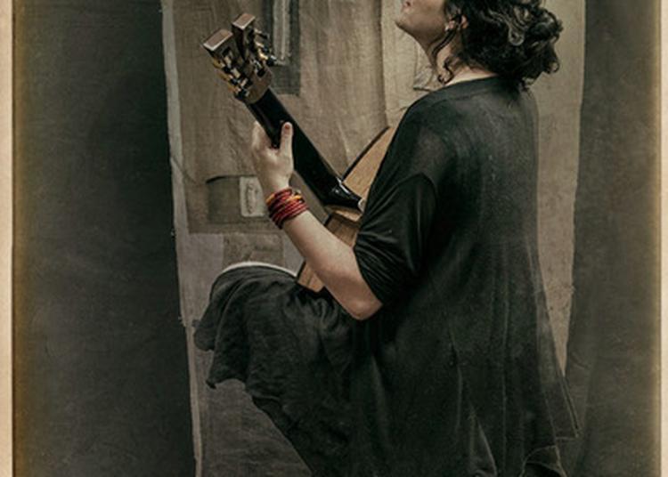 Festival Voix aux Fenêtres : Katerina Fotinaki Chanteuse-Musicienne grecque à Grenoble