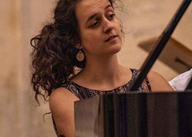 Fête de la Musique, Orane Donnadieu à Levis saint Nom