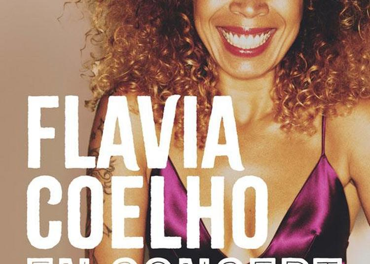Flavia Coelho à Serignan