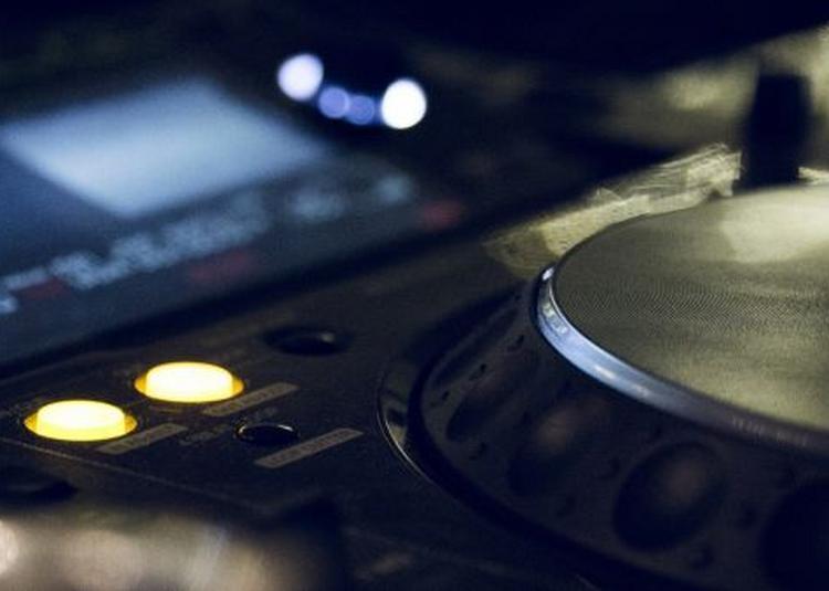 Formation pour devenir DJ pro à Nantes