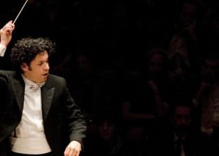 Gustavo Dudamel / Los Angeles Philharmonic - Salonen, Varèse, Chostakovitch à Paris 19ème