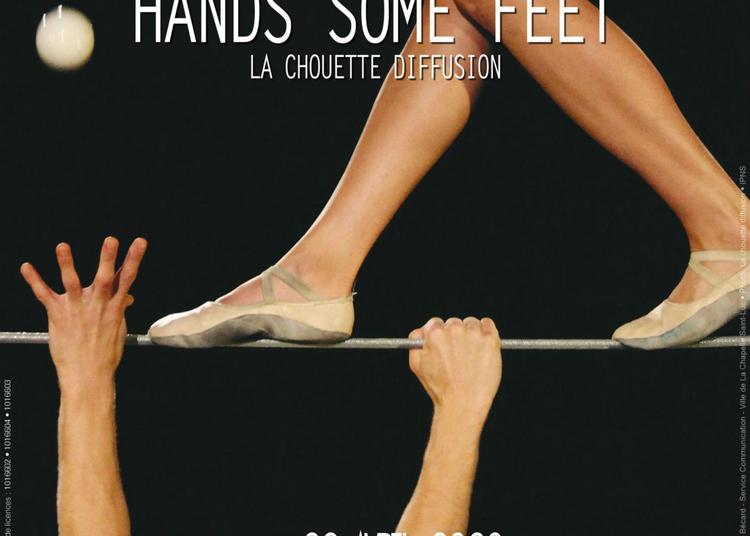 Hands some feet à La Chapelle saint Luc