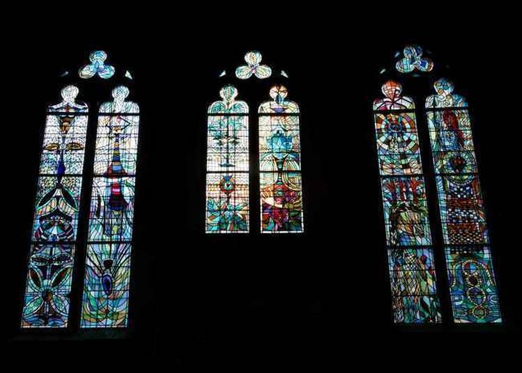 Histoire De L'église Et Présentation Des Vitraux De Jean Cocteau à Metz