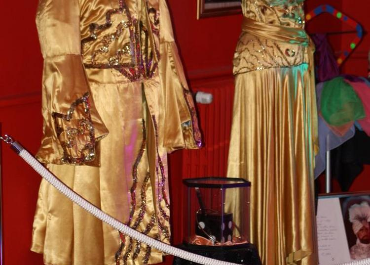 Hommage à Sabine Rancy : Visite D'une Collection De Costumes Des Plus Grands Artistes De Cirque (collection Du Dr Alain Frère) à Vatan