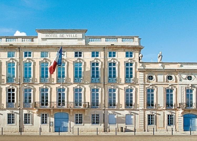 Hôtel De Ville/ Montrevel à Macon