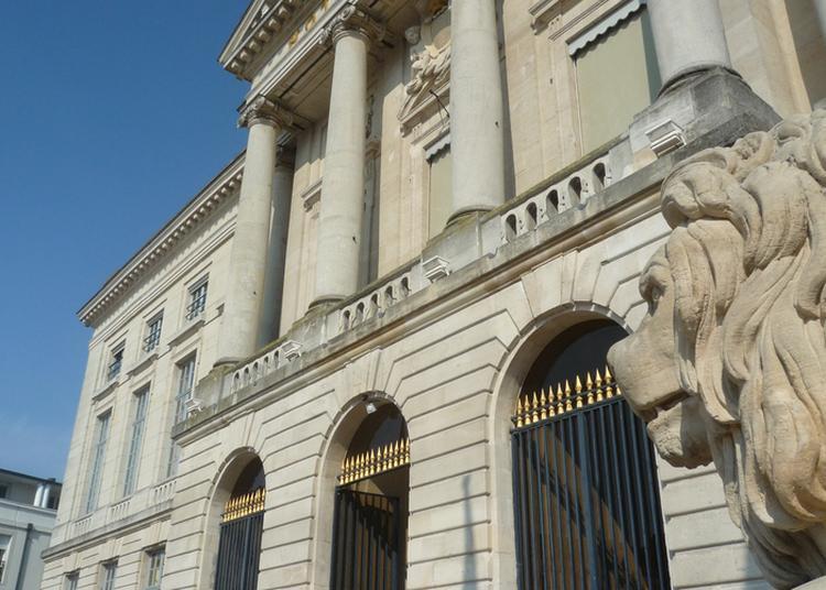 Hôtel De Ville : Visite Libre à Chalons en Champagne