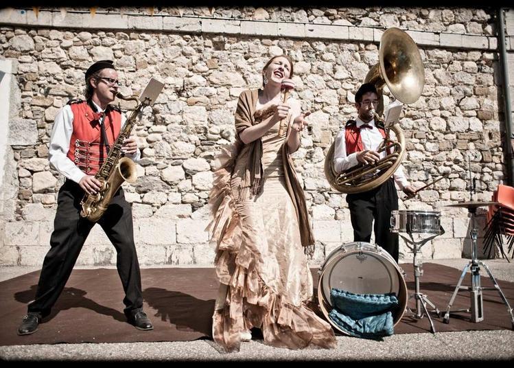 Ils Scènent & Les Symphonies d'Automne présentent Ginger Brass Experiment à Macon