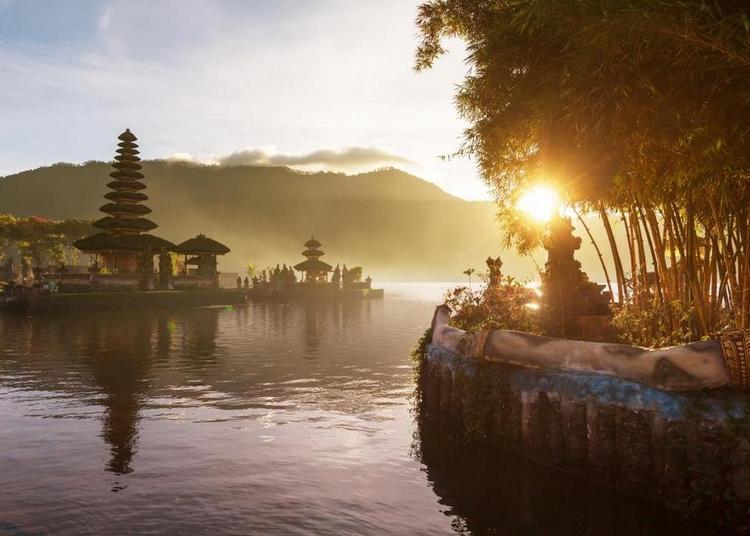 Indonésie, la route des volcans à Munster